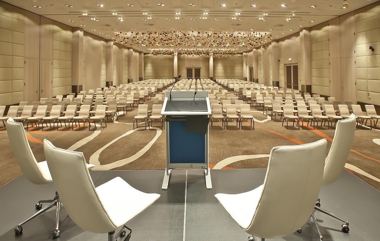 Soderini Ballroom - Theatre set-up
