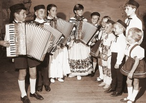 croatian-accordian-children