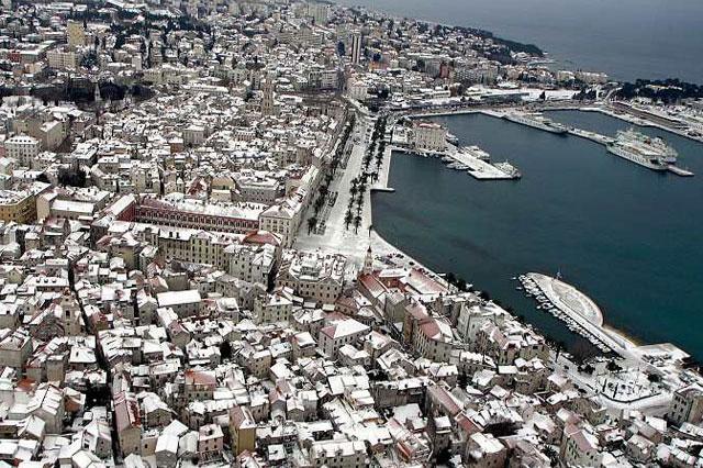 split_snijeg_panorama